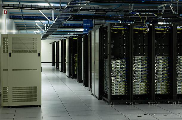 تكنولوژي مجازي سازي در ديتا سنتر Virtualization in Datacenters